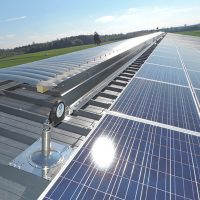 VERTIC's ALTILIGNE horizontal lifeline system on photovoltaic panels